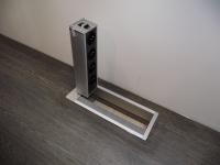 Zásuvkový panel do podlahy nebo pracovní desky