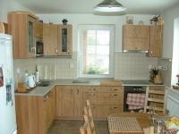 Kuchyňská linka lamino dřevodekor